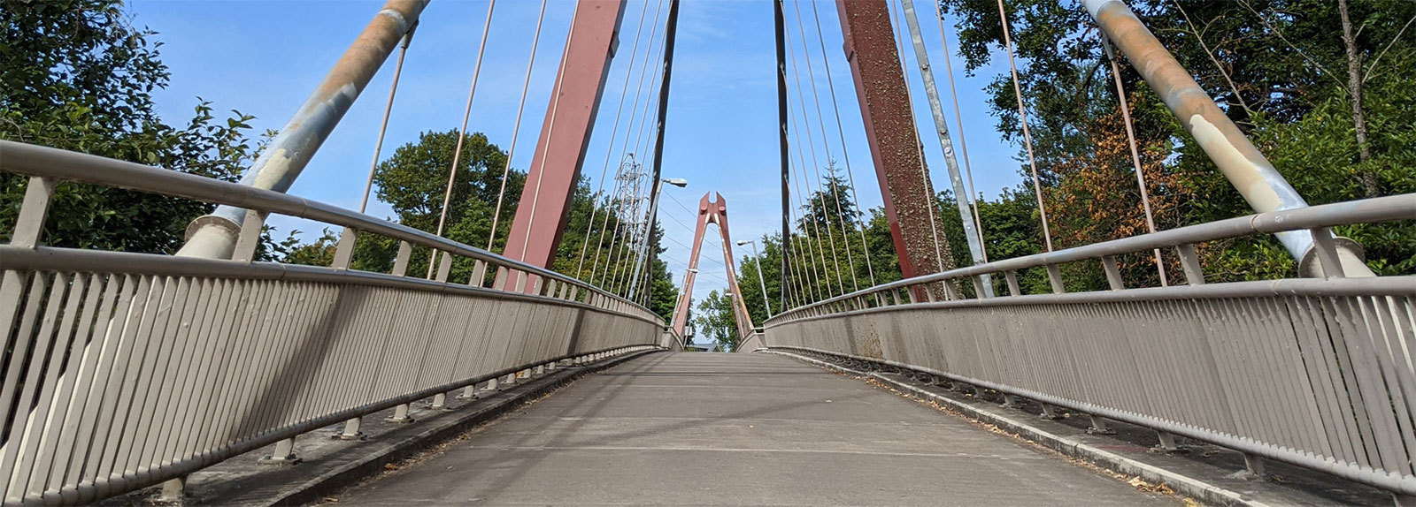 Alton Baker Footbridge path